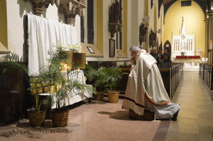 Podcast: Holy Thursday (Msgr. LoPinto)